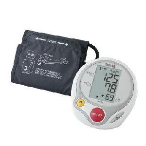 血圧計 デシタル式